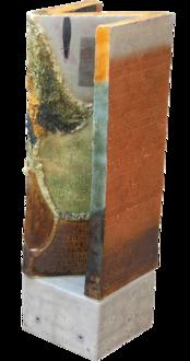 Digtsøjle, Glaseret stentøj med 12 vers, 1,4t, 208x60x60 cm, 2014