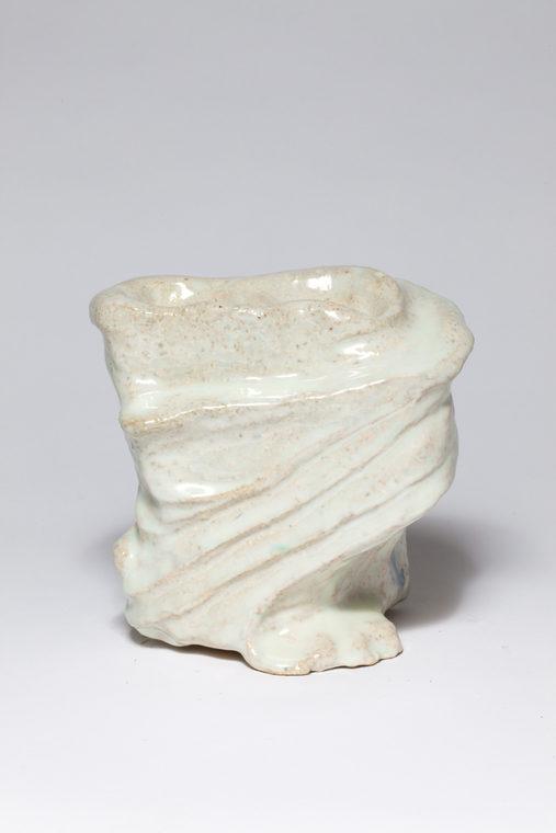 Keramisk objekt, glaseret fajance, h:20 cm, 2016