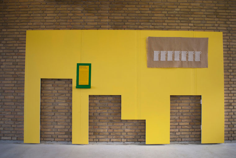 udsigt over gul mur